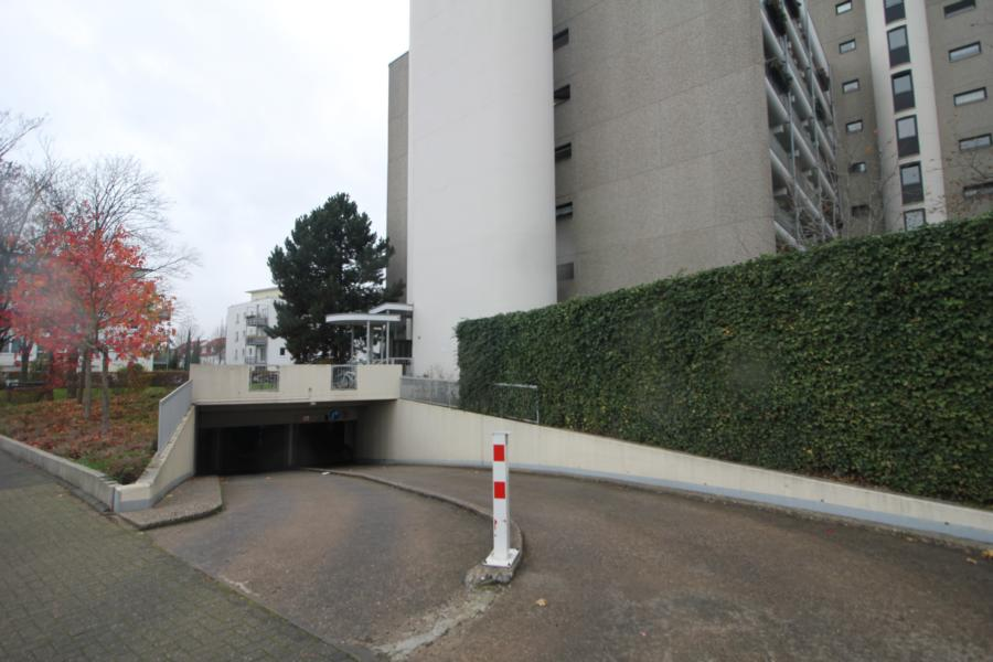 Tiefgaragenstellplatz Köln-Junkersdorf